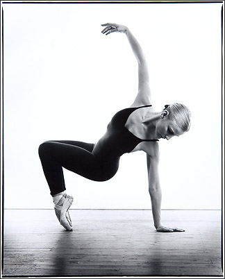 Contemporary dance image